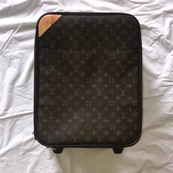Louis Vuitton Handbags - Louis Vuitton Carry On Luggage